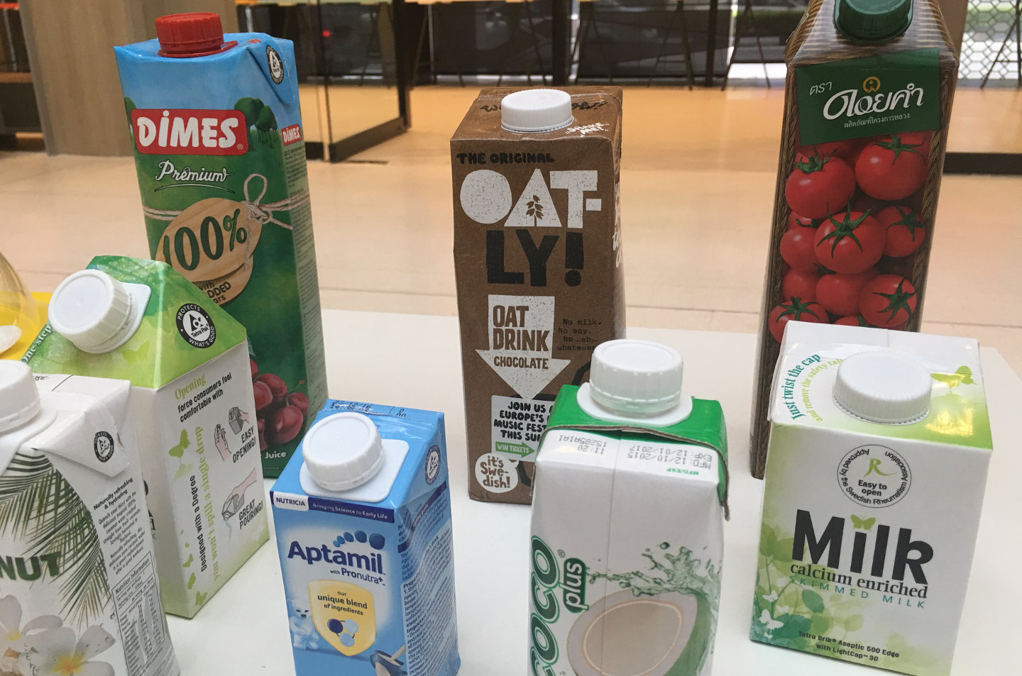 A range of Tetra-Pak SRA packages