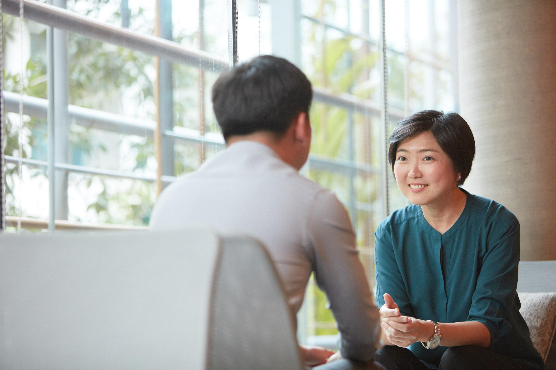 Job coach assessing her client